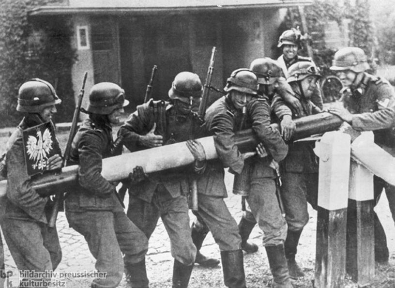 Motiv 1 von 2<BR>Aufnahmedatum: 01.09.1939<BR>Systematik: <BR>Geschichte / Weltkrieg II / Polen / 1.9.1939 / Einmarsch